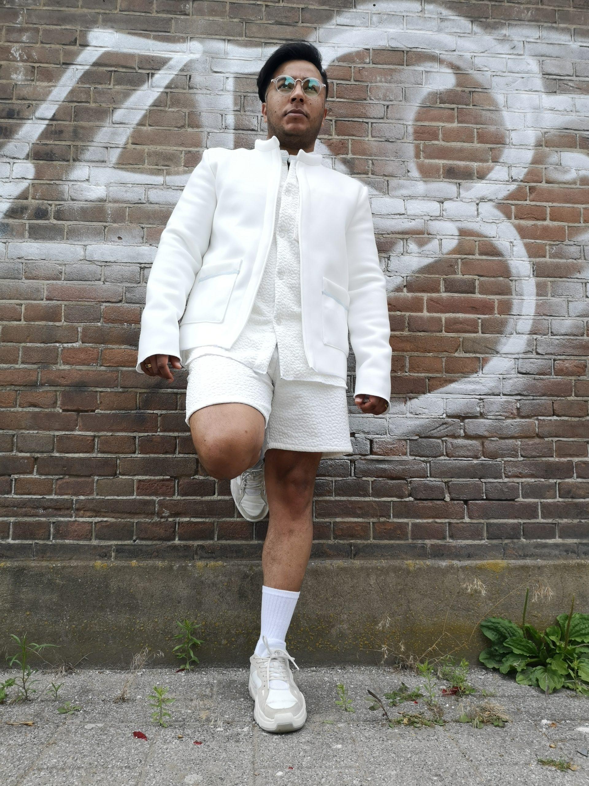 aynovo white set jacket blouse and shorts 1